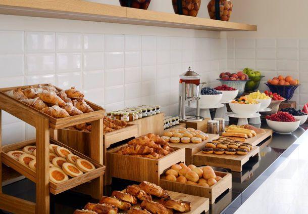 die besten 25 buffet restaurants ideen auf pinterest hotel buffet fr hst cksbuffet und. Black Bedroom Furniture Sets. Home Design Ideas