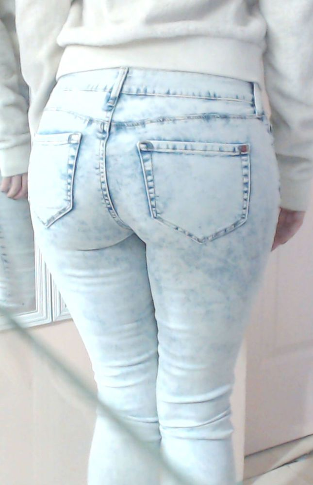 dc1d90f43a2e96 Womens BULLHEAD Light Acid Wash Jean Leggings Jeggings Skinny Low Rise -  Size 1 #Bullhead #SlimSkinny