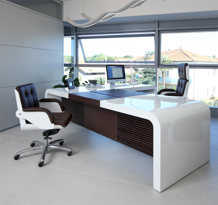 High Gloss White Chief Executive Desks with a contrasting