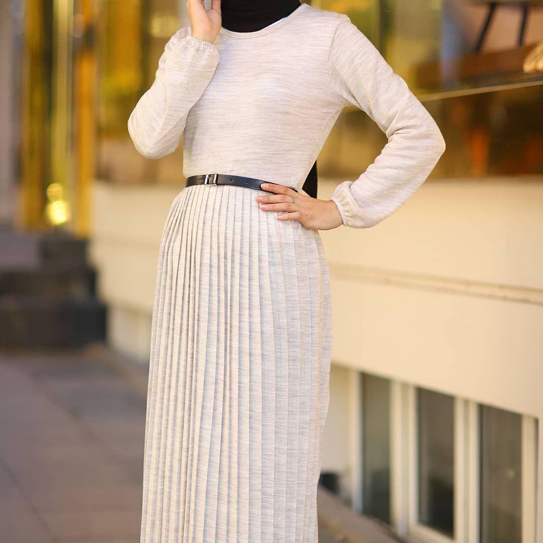 Pliseli Triko Tesettur Elbise 1 Sinif Kislik Kalin Orme Kumastan Imal Edilmisti In 2020 Fashion Sweater Dress Dresses