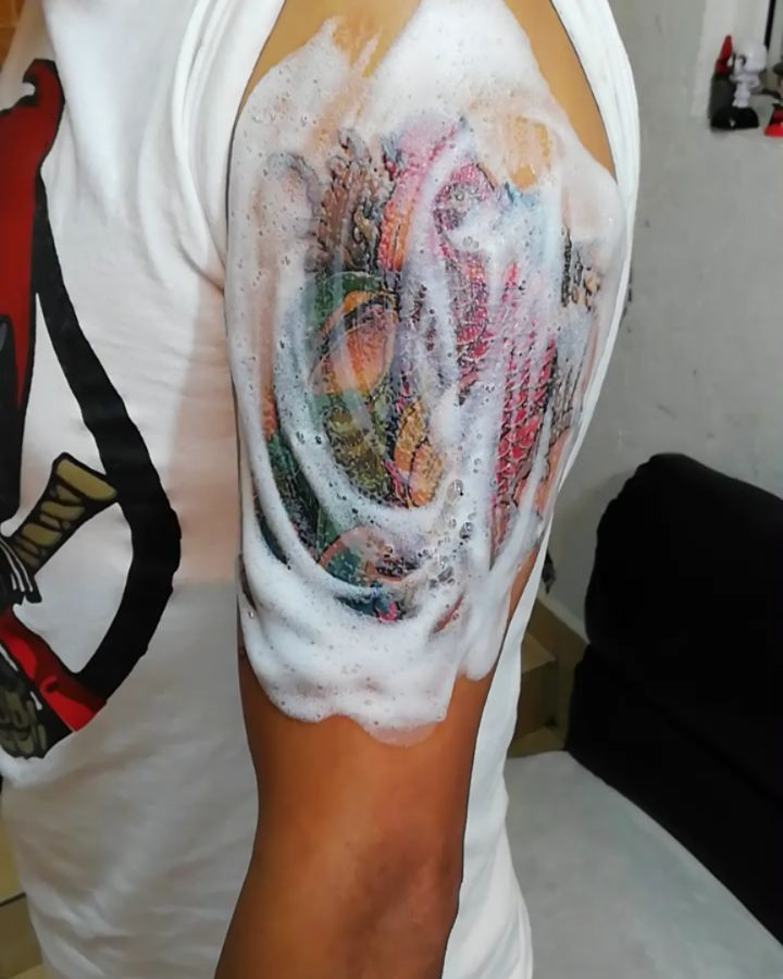▶ #ruthlesshandstatto #tatuadoresmexicanos #neotradicionaljapones #neotradicionaltattoo #tattofullcolor #koitattoo...