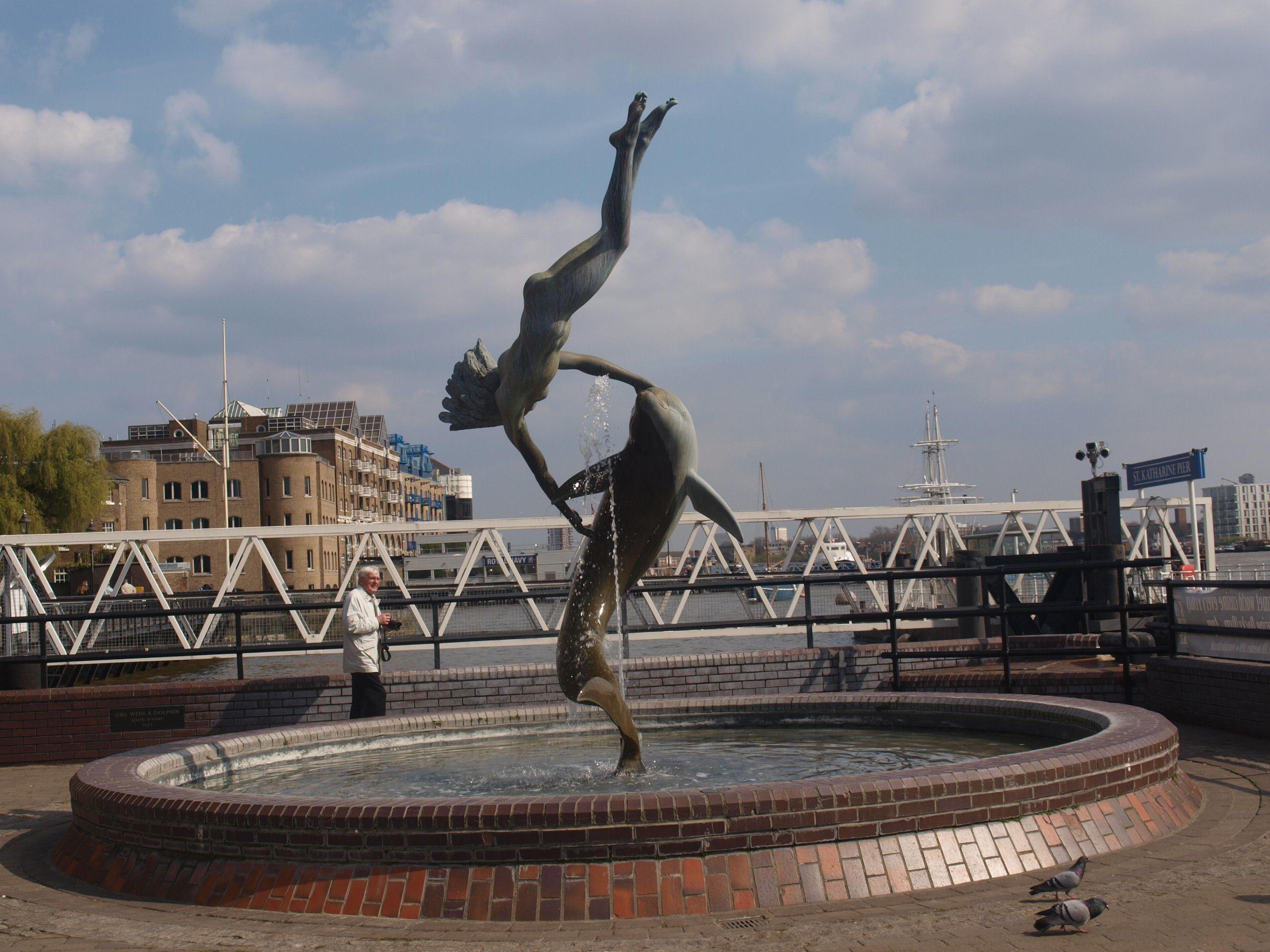 SOUVENIR DE LONDON