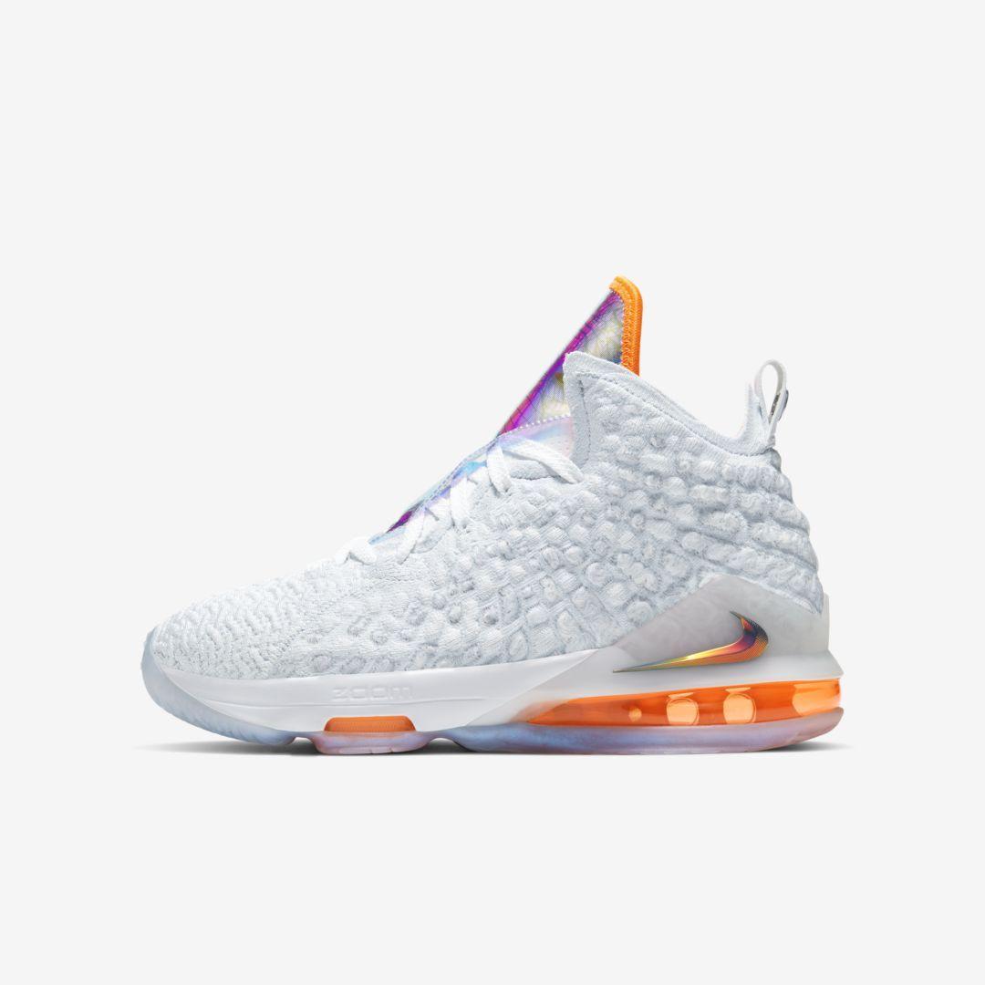 Nike air shoes, Basketball shoes
