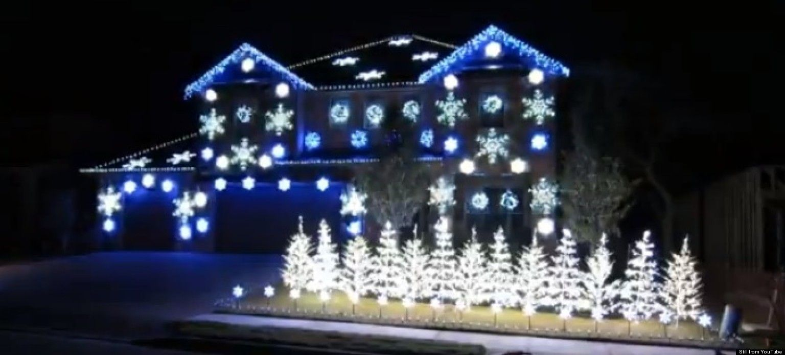 christmas lights - Christmas Lights Synchronized To Music