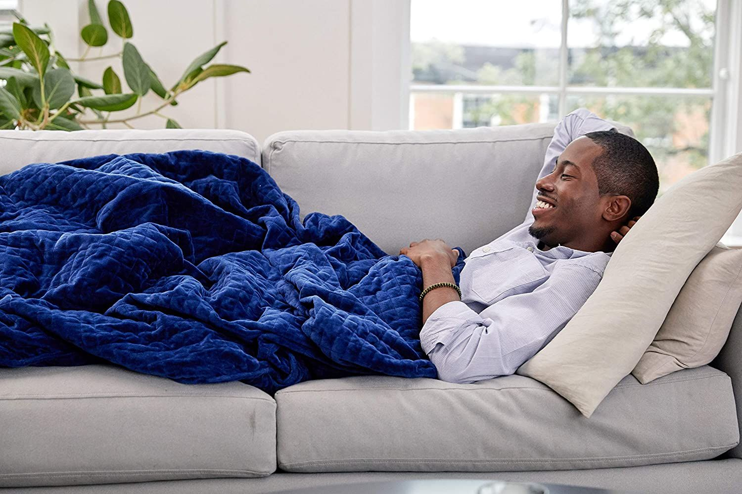 Top 10 Best Cooling Blankets For Sleeping In 2020 In 2020