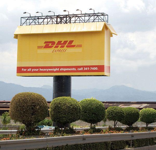 DHLBigBoxCreativeBillboardadvertisingideas Awesome - 17 incredibly creative billboard ads