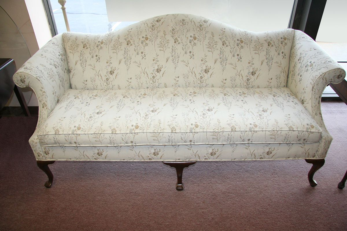 Nice Queen Anne Sofa Fancy