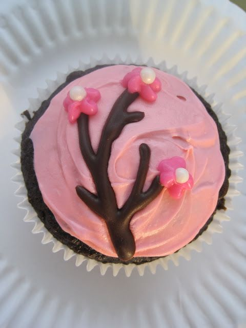 Cherry Blossom Cupcakes Icing