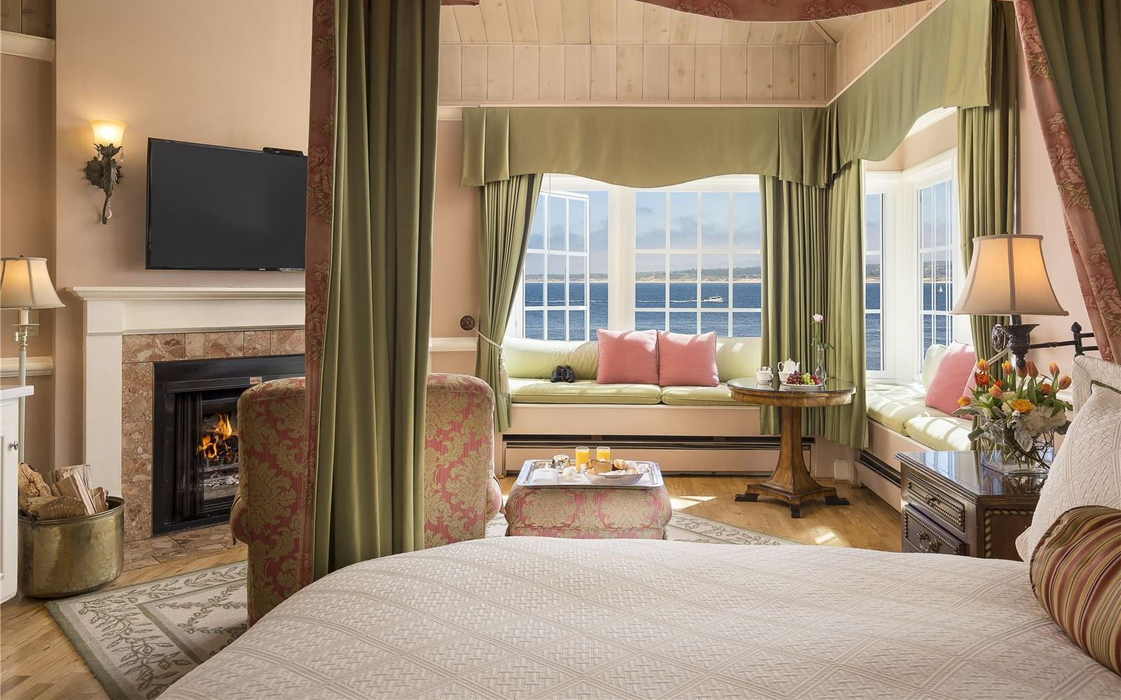 Spindrift Inn Boutique Waterfront Hotel On Cannery Row Monterey
