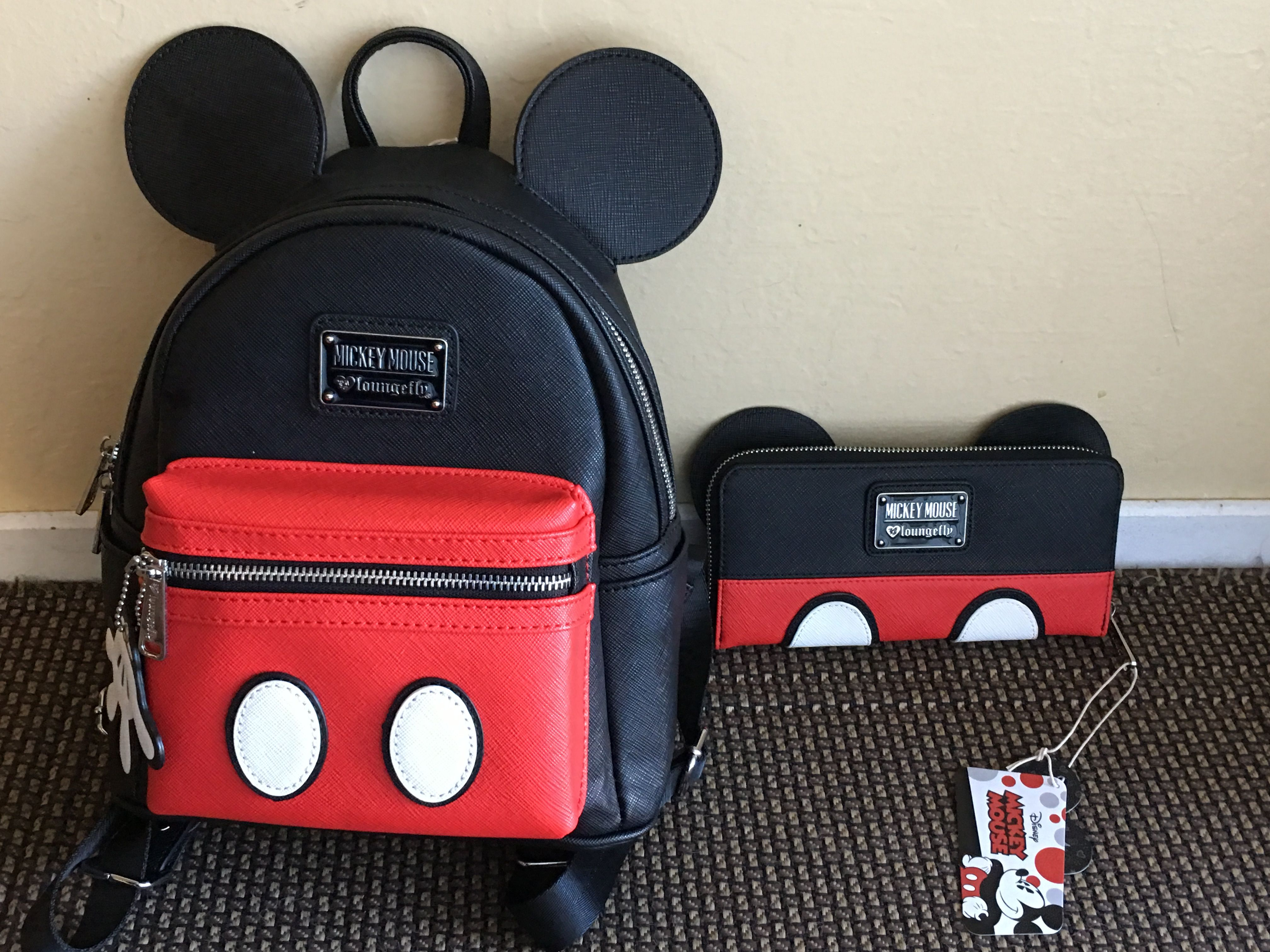 Love my new Loungefly backpack and wallet❤ Mickey Backpack c8e1f15b06e22