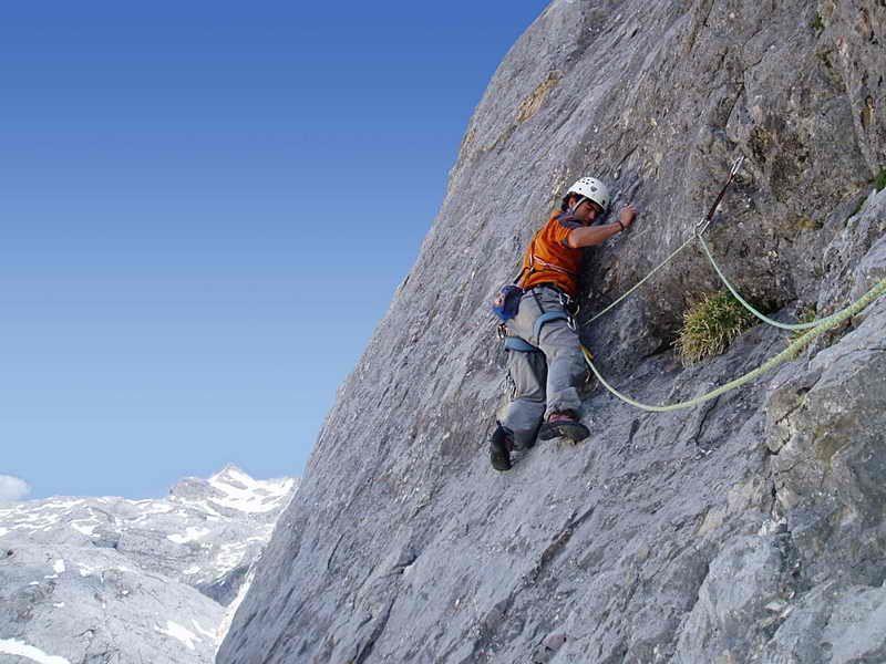 Picos Guias De Montaña Guías Montaña Picos De Europa Cantabria Picos De Europa Turismo Activo Deportes De Montaña