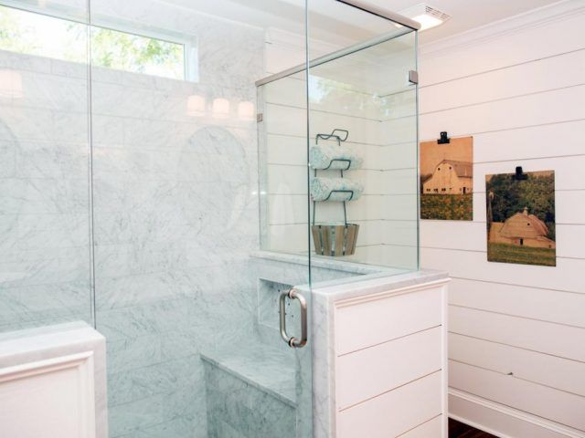 top 10 fixer upper bathrooms restoration redoux daily dose of style pinterest badezimmer. Black Bedroom Furniture Sets. Home Design Ideas