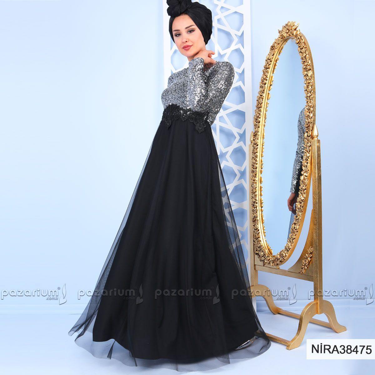 Ust Kisminin Dikisli Pul Suslemeli Altinin Tul Detayli Olmasiyla Dikkat Cekici Sik Bir Gorunume Kavusan Elbise Sirtta Victorian Elbiseler Moda Stilleri Elbise