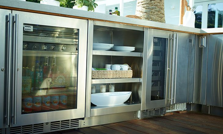 Kalamazoo Outdoor Gourmet Outdoor Beverage Center Wine Chiller And Weather Tight Cabinetry Outdoor Kitchen Design Outdoor Kitchen Kitchen Gallery