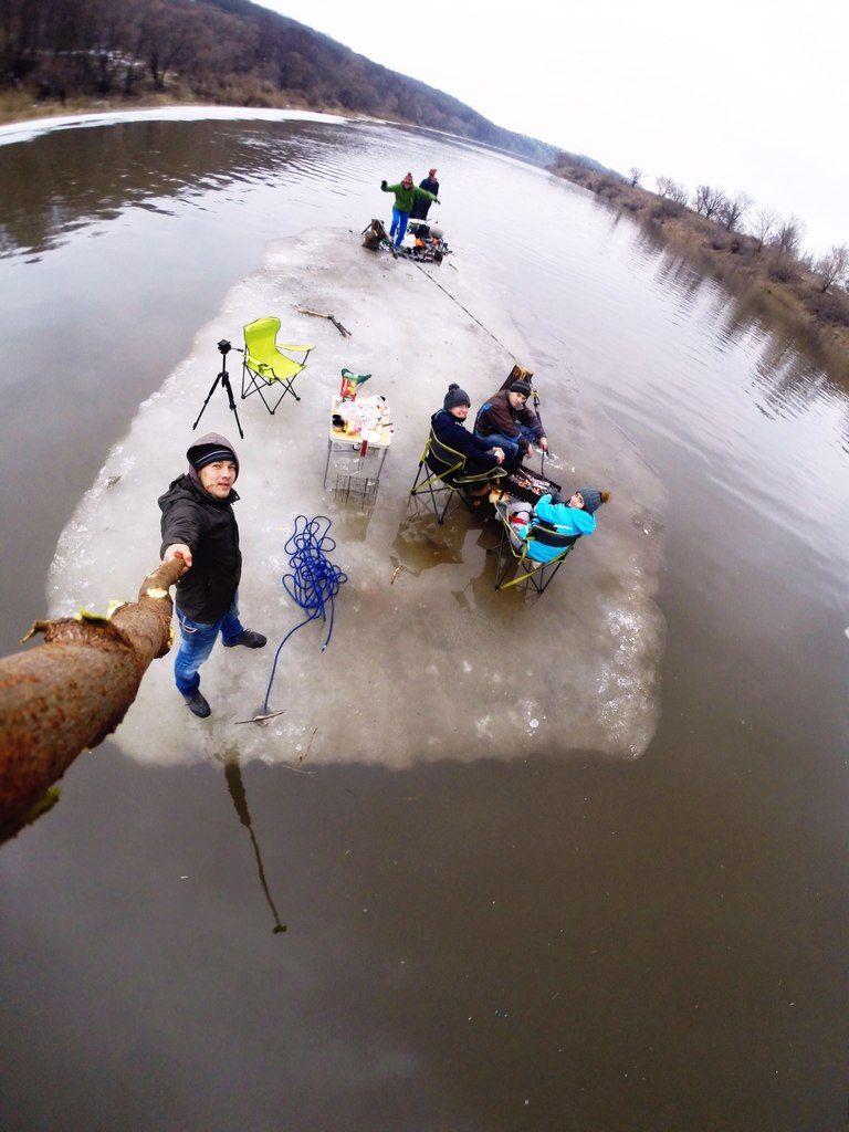 winter selfie done right - Imgur