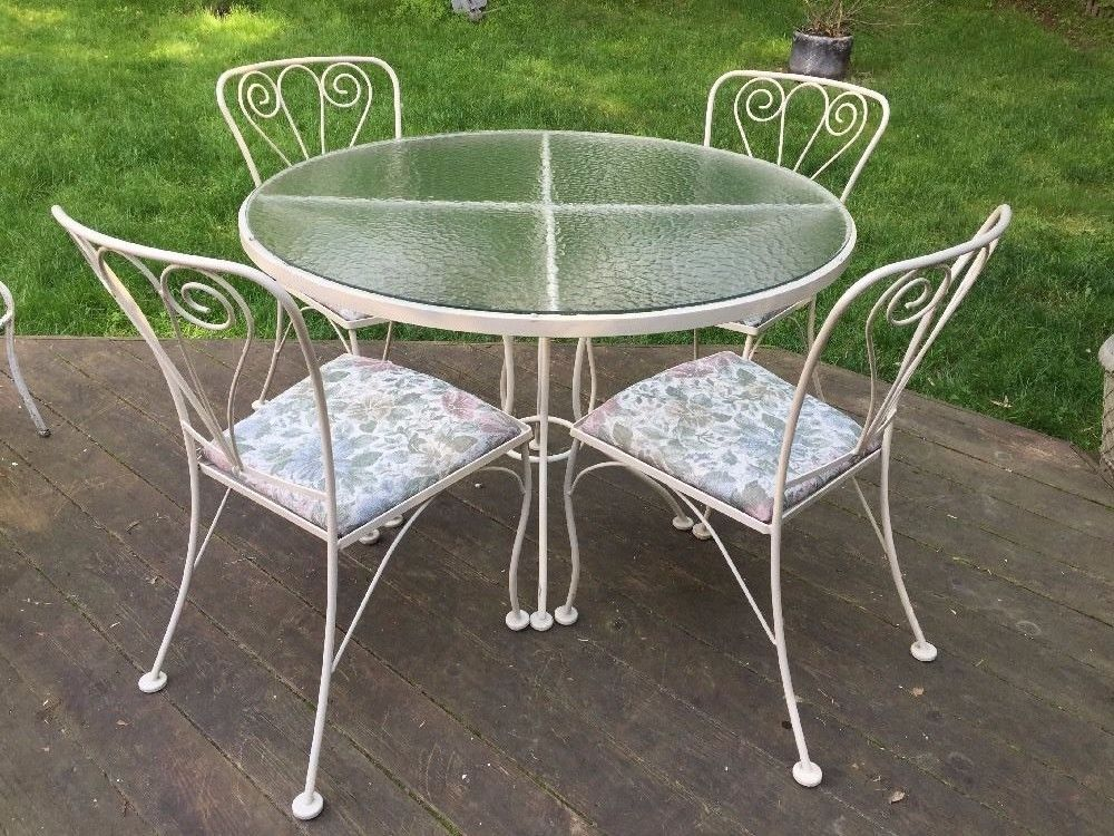 Vintage Wrought Iron Patio Porch Outdoor Dining Chair Round Table