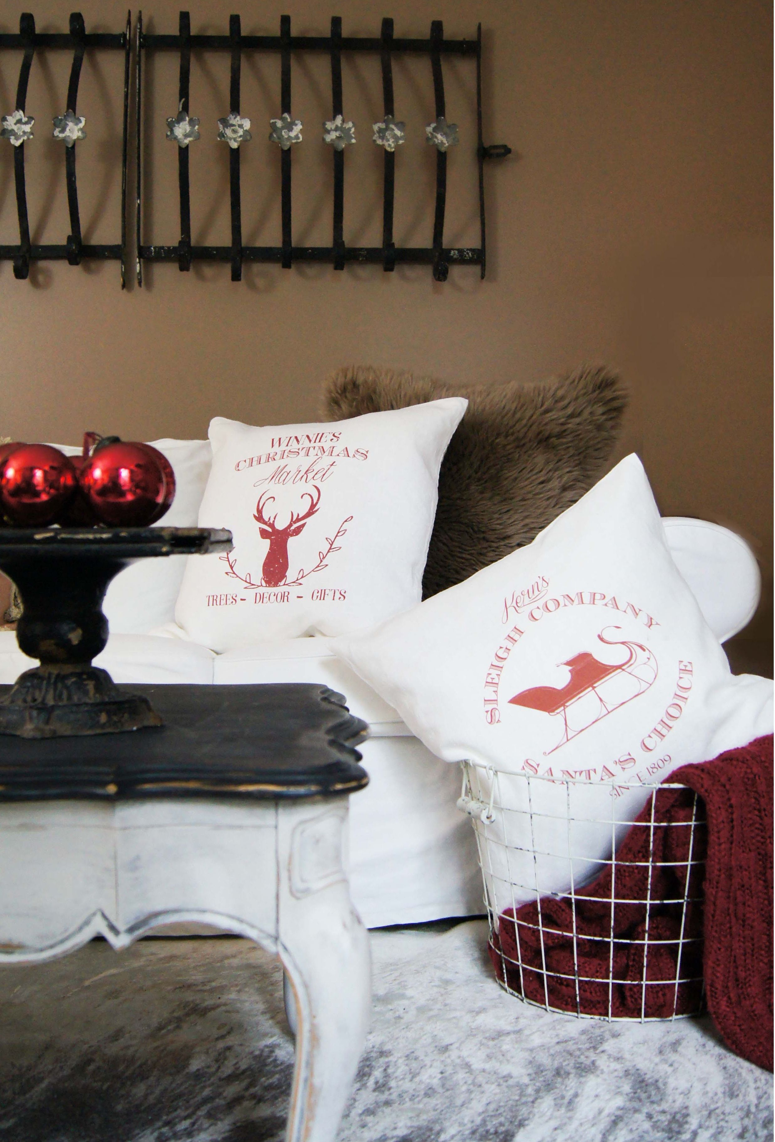 Christmas Pillow Cover, Personalized Sleigh Pillow, Modern