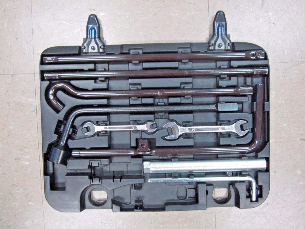 07 2007 Lexus Gx460 Gx 460 Roadside Emergency Tool Kit With Case Oem