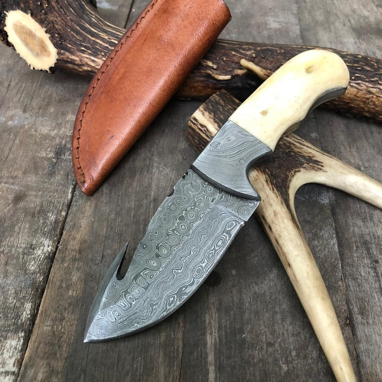 Custom Hand Forged Guanine Damascus Steel Raindrop Pattern Hunting Gut Hook Knife 352 True Layers Hkp 110 Damascus Steel Skinning Knife Hand Forged