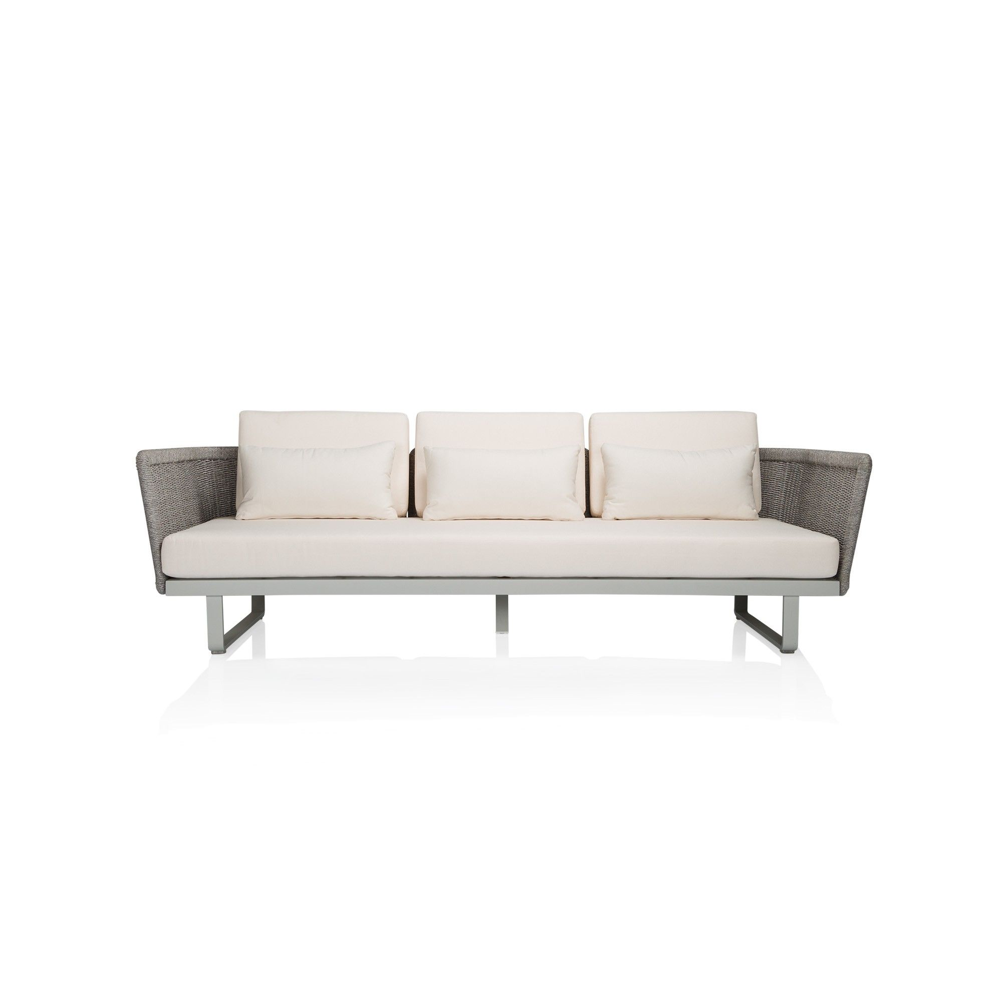 A contemporary style sofa with maximum comfort for outdoor living ...