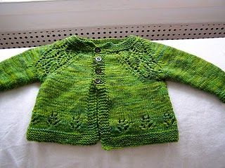 Gorgeous baby cardigan for newborn and 3 month old baby designed by Nikki Van De Car from What To Knit When You're Expecting. Find the free pattern here: link
