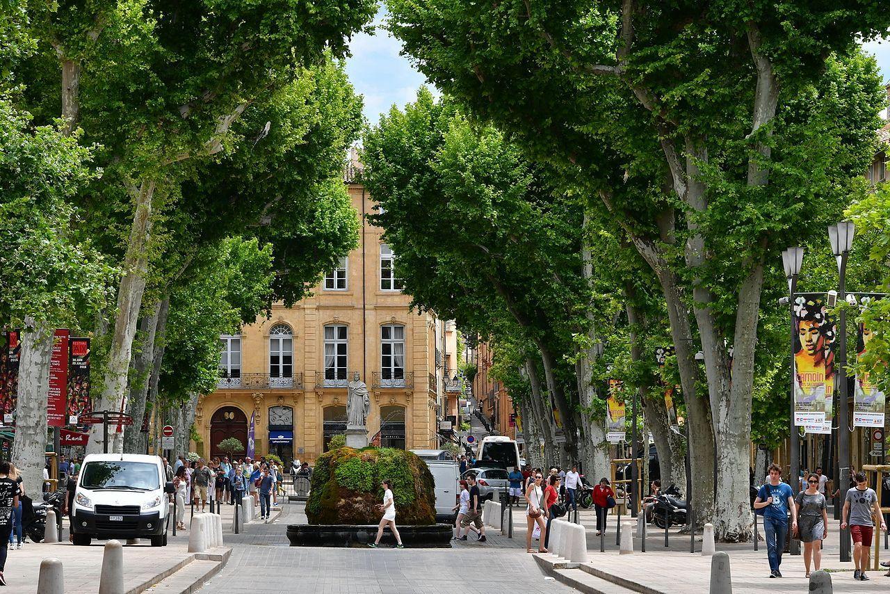 2016 Aix En Provence Le Cours Mirabeau Aix En Provence