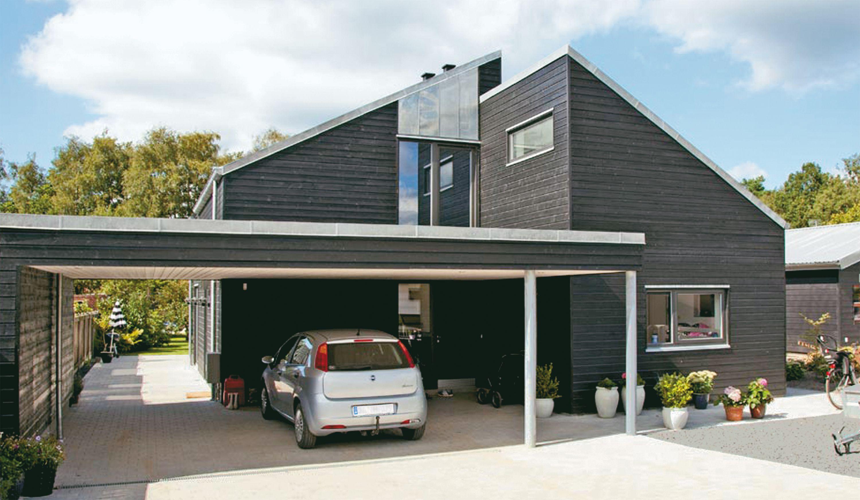 Modernes holzhaus satteldach  Danhaus Fertighaus Holzhaus Fünen ein modernes Design, versetztes ...