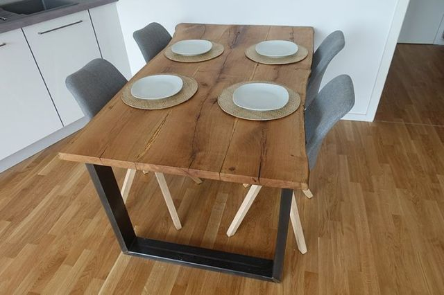 Dining Table Itself Constructed From Wooden Planks Diy Dining