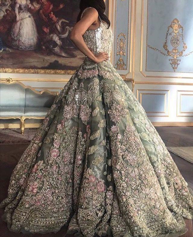 Pinterest • @KrutiChevli | Lehenga, Dress & saree | Pinterest ...