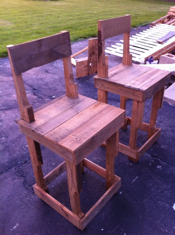 Rustic bar stools or kitchen island stools. Made from pallets or ...