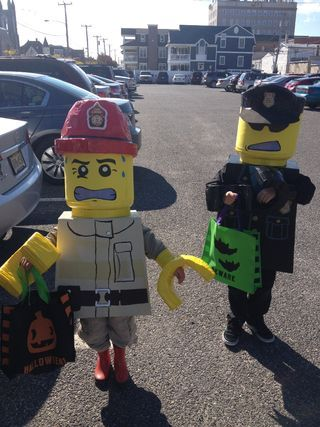 LEGO Man Costume Lego man costumes, Lego men and Costumes - halloween costumes ideas men
