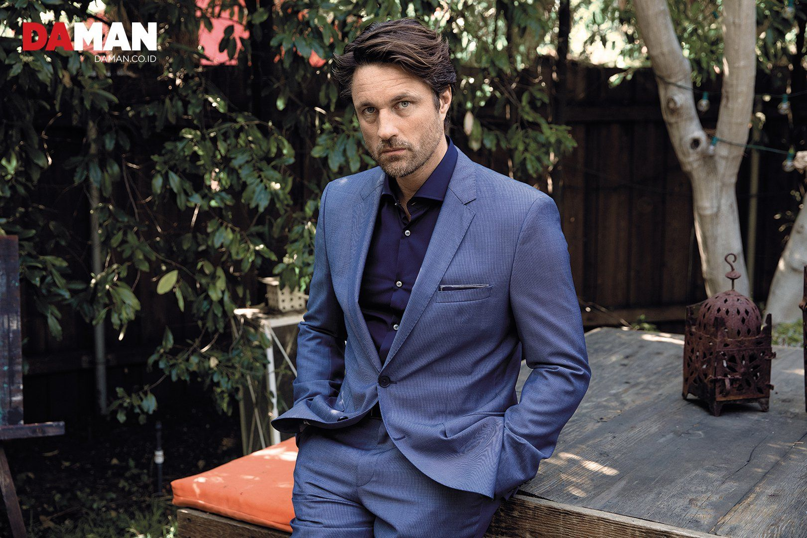 The Anatomy of Martin Henderson, the New Addition to \