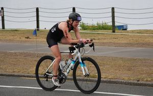 Meet Rebecca Elliot from New Zealand | Triathlon is all about Challenge, Camaraderie and Commitment | Liv Cycling