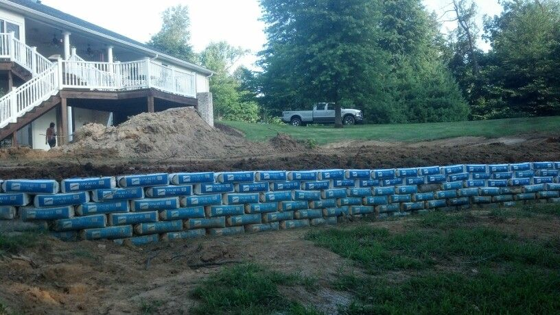 Last Row Of Concrete Bags Patio Landscaping House Landscape Outdoor Walls