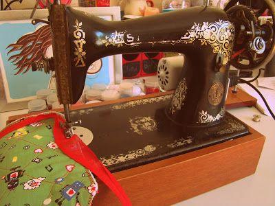 ana sinhana: Máquinas de costura ou FAQ