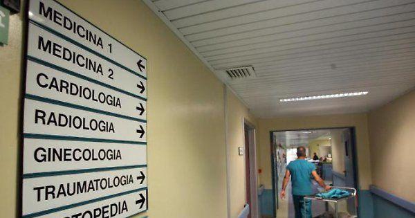 Negli ospedali italiani i batteri fanno 6mila morti all'anno  - Libero Quotidiano