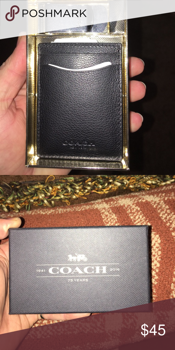 35288425a9601 Brand new coach 3 in 1 CC holder with money clip New with tags coach credit card  holder