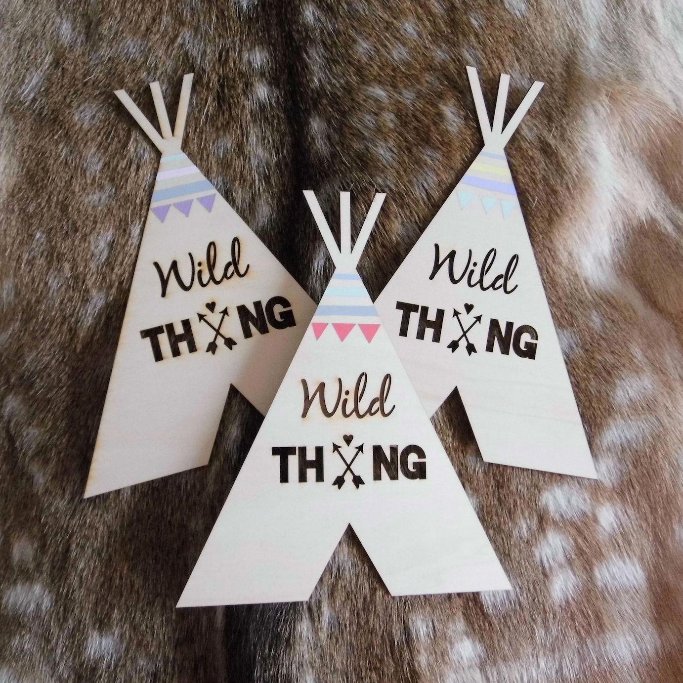 Awesome Holzzelte Wanddeko Kinderzimmer Wild Thing Wooden tipis Wild thing wall art children us