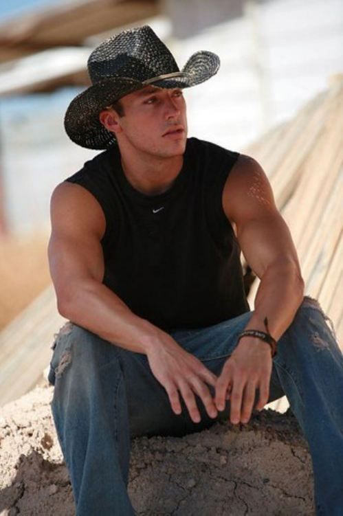 Afternoon eye candy: Country hotties (23 photos)   Country ...