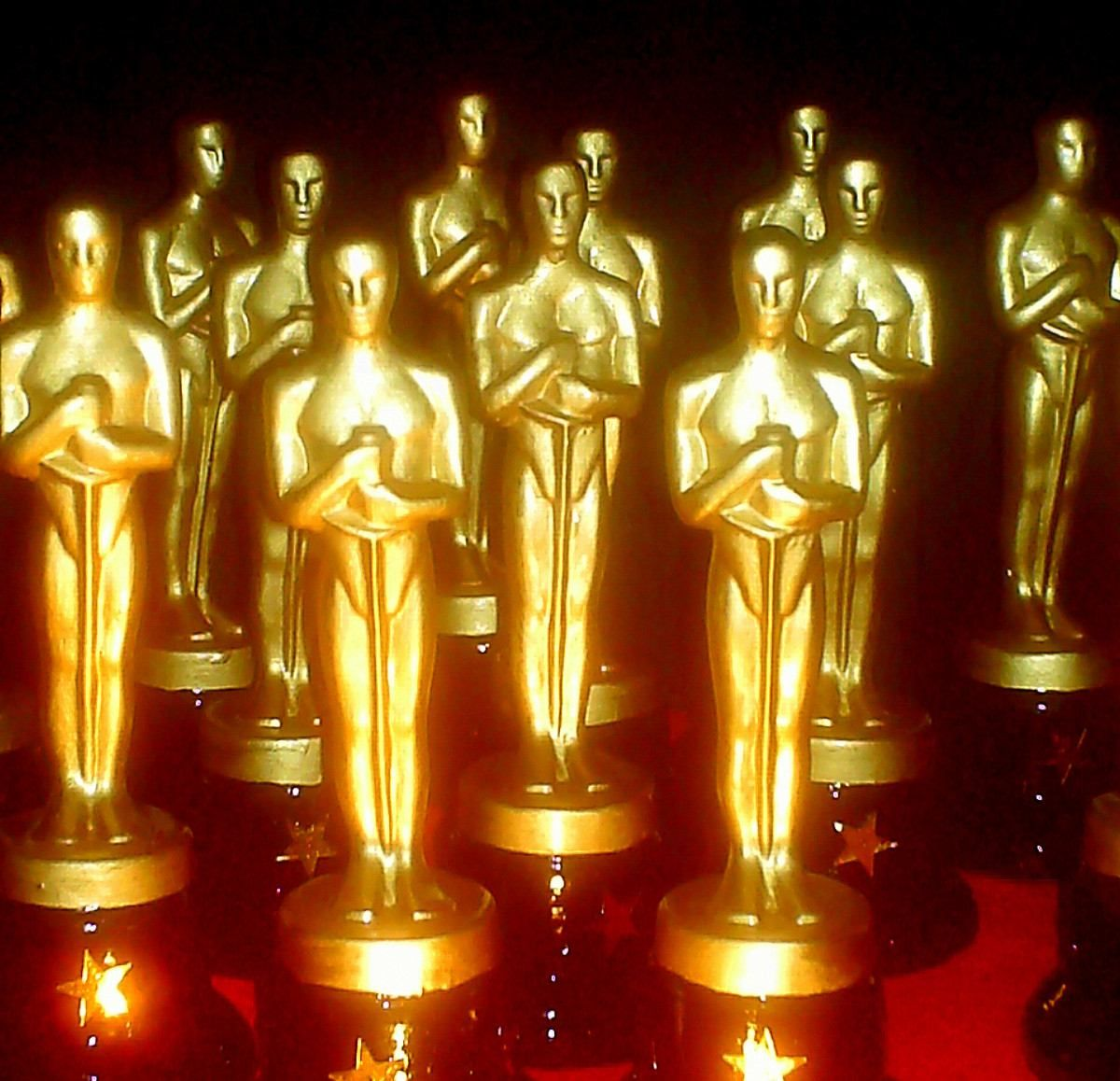 Estatuas Premios Oscar Hollywood Brillantes Bs 200 00 Estatuas Premios Oscar Premios