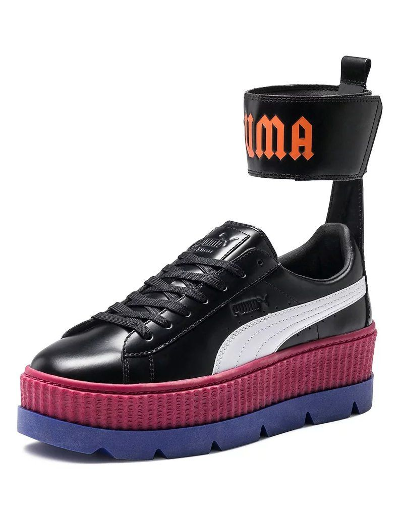 3e569529521 Kaia Gerber s Sneakers Are the Kind That Say