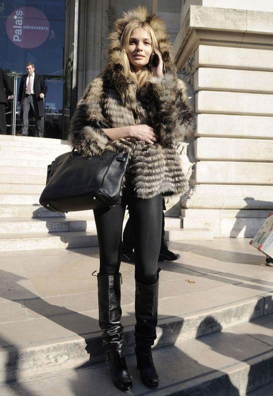 Fur and black