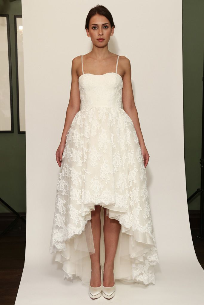 Vestido de novia mullet dress de Temperley London (FW 2014) #weddingdresses #NYBW