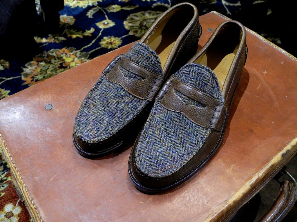 Tweed loafer