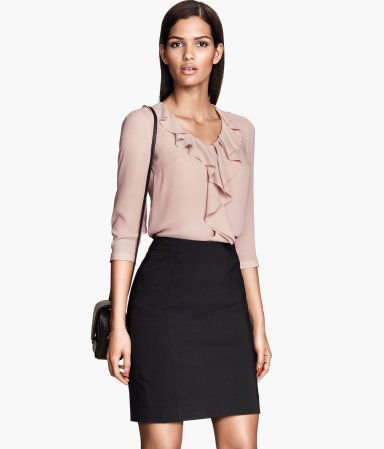 d533f2ed90e7 pENCIL SKIRT - OFFICE WEAR | H&M US | Inspiration: Style in 2019 ...