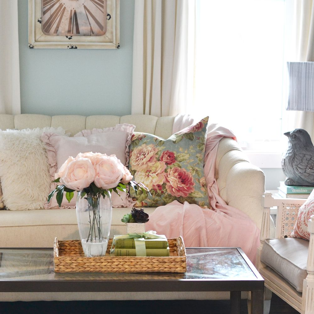 Best 7 inspired spring rooms design ideas for 2018 for Spring living room ideas