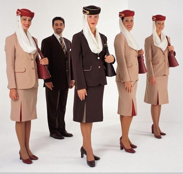 el exótico uniforme de emirates | aviación | pinterest | azafata