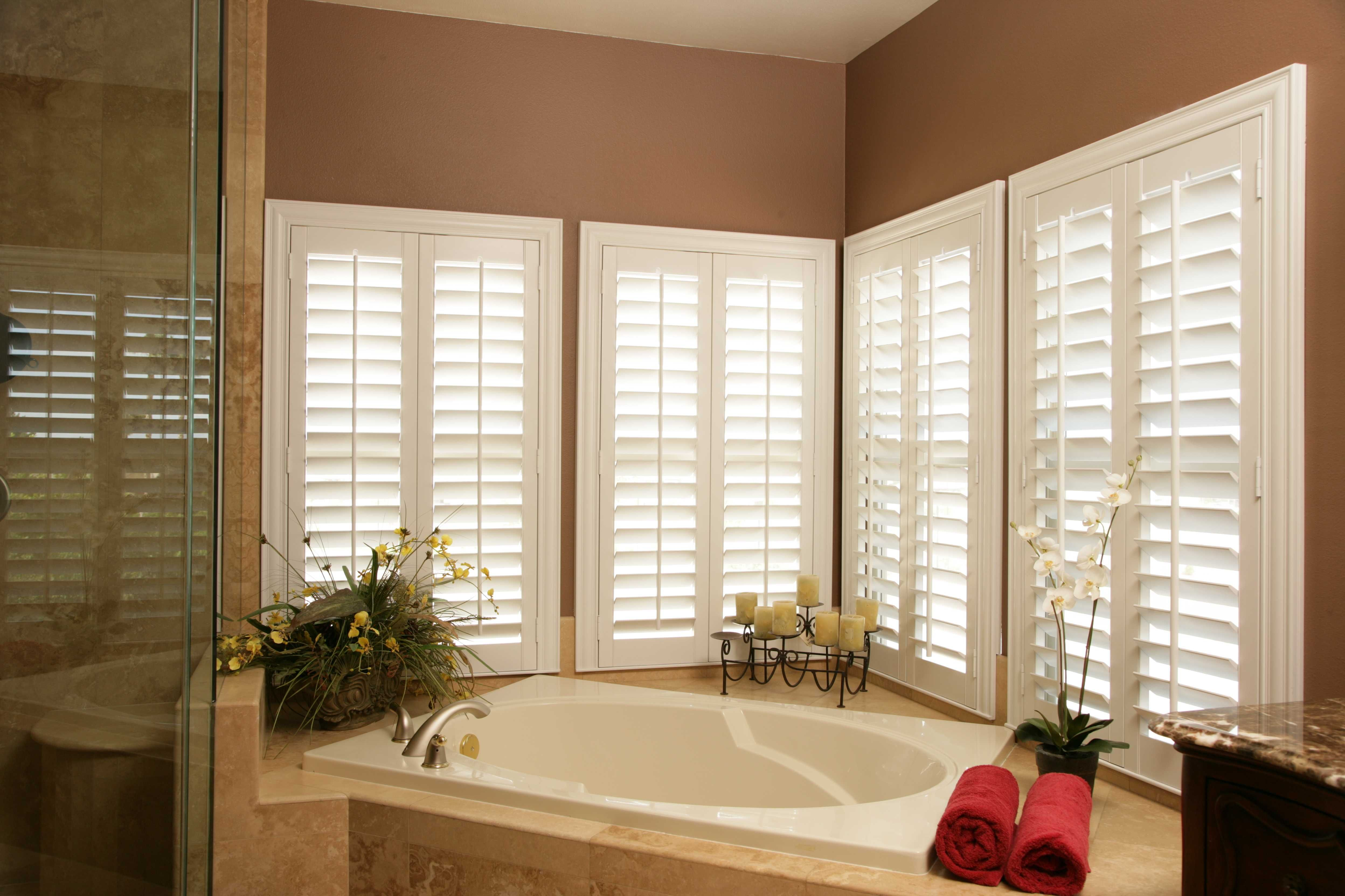 for window decor over tuscan design roman easy in bay kitchen shades ideas silk sink vs windows kitchens treatments cost bow cheap valances best of curtains blinds homeprada
