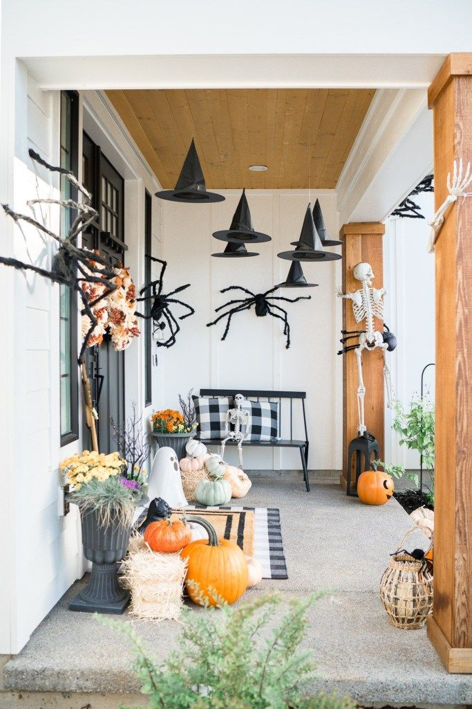 Seriously Easy Outdoor Halloween Decor Ideas - How
