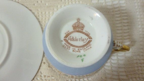 Vintage Serving Teacup Teacup with saucer by LOFTforvintage